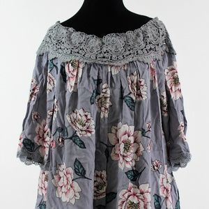 Staccato Off the Shoulder Blouse  Size M NWT